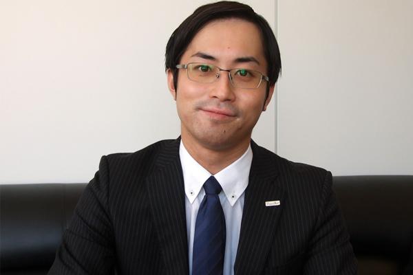 株式会社フロンティア 取締役 経営企画室 室長 村田竜一様