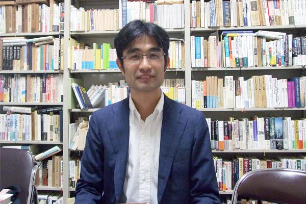 京都大学人文科学研究所准教授 藤原辰史様