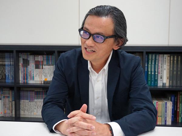 綜合ユニコム 月刊シニアビジネスマーケット 編集長である坂本義朗様